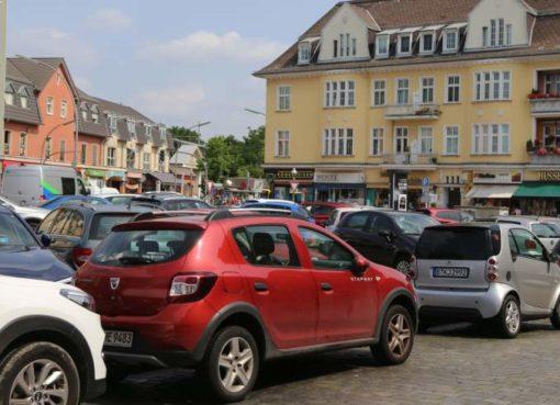 Kranoldplatz als Parkplatz