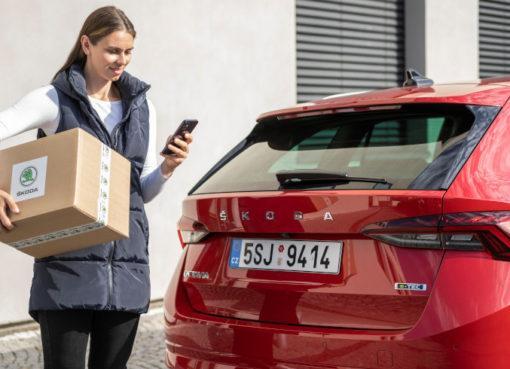 SKODA AUTO ermöglicht per Car Access die Lieferung von Online-Bestellungen direkt ins Auto.